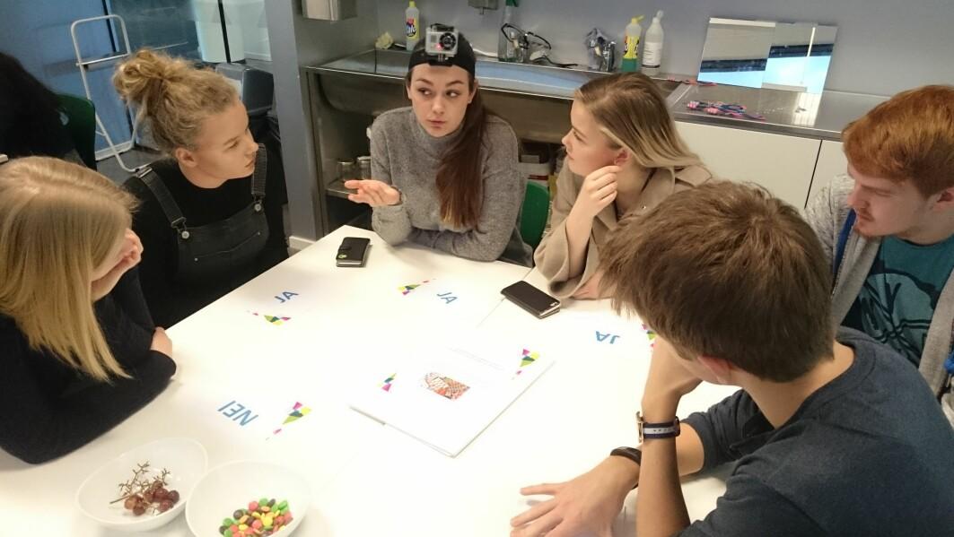 Når det ikkje finst noko klart ja- eller nei-svar, blir det vanskeleg for elevane, viser forskinga til Ingrid Eikeland.