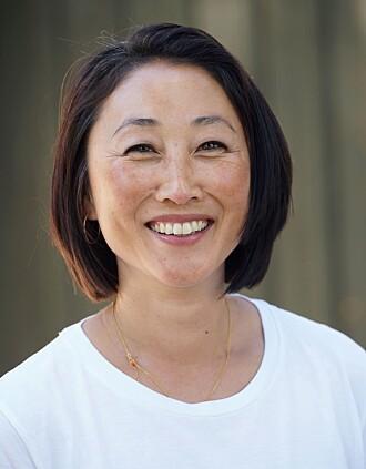 Tone Hee Åker har bakgrunn som vernepleier og har jobbet i mange år med mennesker med utviklingshemming.