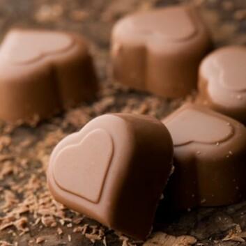 Skjokolade tenner lysten og gir lykkerus. (Foto: (Colourbox)