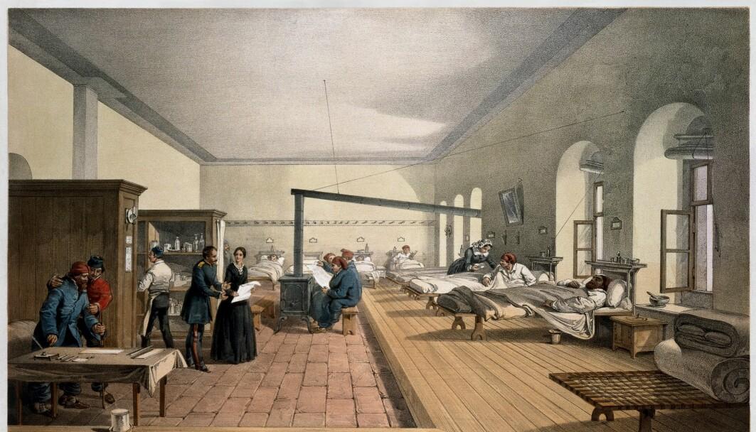 En av dagens sykehusbakterier oppstod da sykehusene så slik ut. Maleriet viser en avdeling på et sykehus ved Istanbul, under krimkrigen. Bildet ble malt i 1856 av William Simpson.