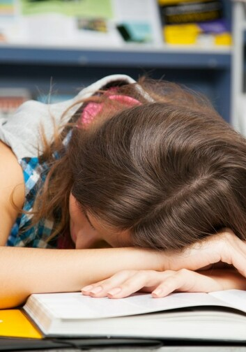 Søvnmangel er både en årsak til, og en konsekvens av, stress. (Foto: Colourbox)