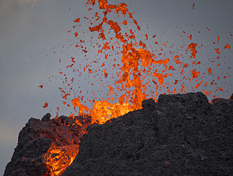 Hvorfor er det så mange vulkaner på Island?