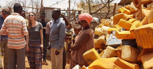 Plastsøppel skal bli til butikk i flyktningleir