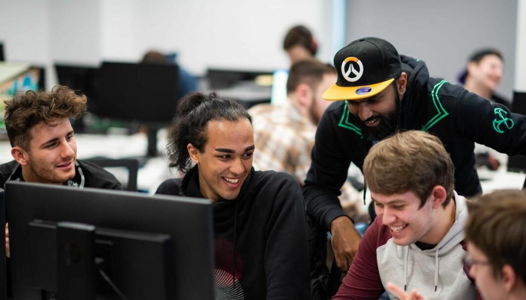 Elever ved University of Chichester kan nå studere e-sport og videospill i sin bachelorgrad.