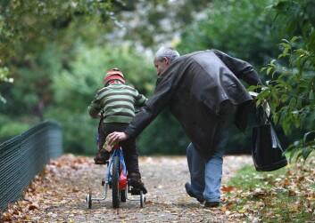 Deltidsarbeid ga fedrene mer tid hjemme med barna, og mødrene mer tid ute i arbeidslivet, sammenlignet med den tradisjonelle fordelingen på 1970-tallet. (Illustrasjonsfoto: www.colourbox.no)
