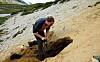 geologer bruker radioaktiv datering til å