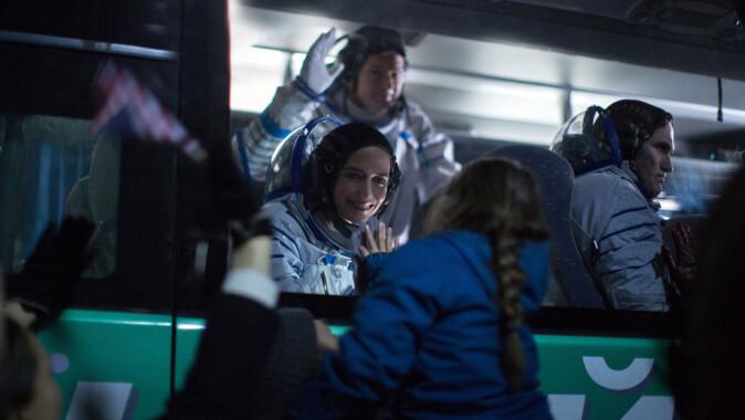 """<span class="""" italic"""" data-lab-italic_desktop=""""italic"""">Proxima </span>er en fransk dramafilm som skildrer en side av romfart man ofte ikke tenker på: Astrounater er også mødre."""