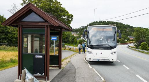 Forskernes datasimulering viser hvordan busstilbudet mellom Kristiansand og Arendal kan bli bedre