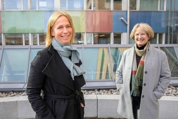 Barneombud Inga Bejer Engh og forsker Anne Rønneberg fra Det odontologiske fakultet ved UiO.