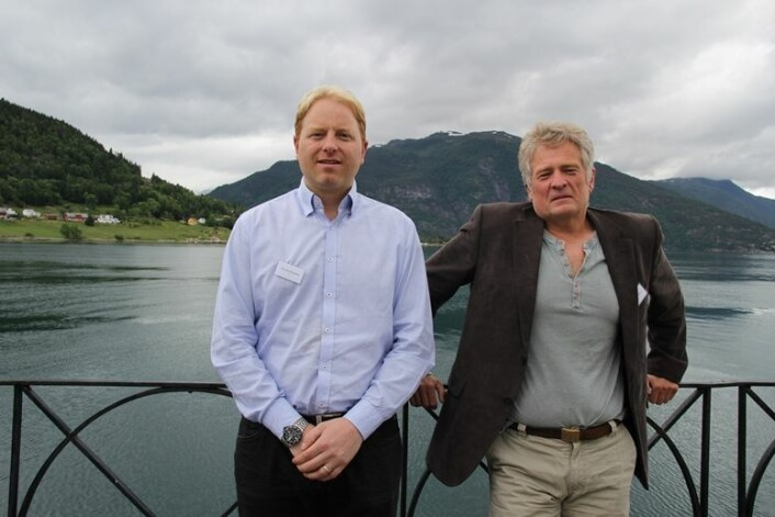 Endringa må skje på skulens premissar og passe inn i skulens mandat, som er å oppfylle opplæringslova, påpeiker forskarane Øyvind Glosvik (til høgre) og Geir Kåre Resaland. (Foto: Katrine Sele, HiSF)