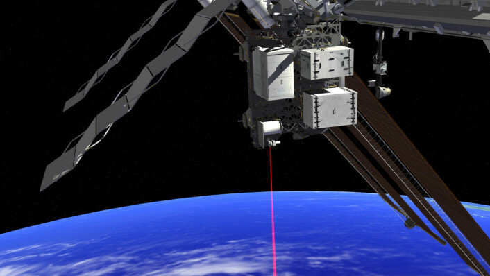 Illustrasjon av OPALS festet til Den internasjonale romstasjonen. Utstyret skal prøve ut laserkommunikasjon mellom romstasjonen og jorda. (Foto: (Illustrasjon: OPALS/NASA))