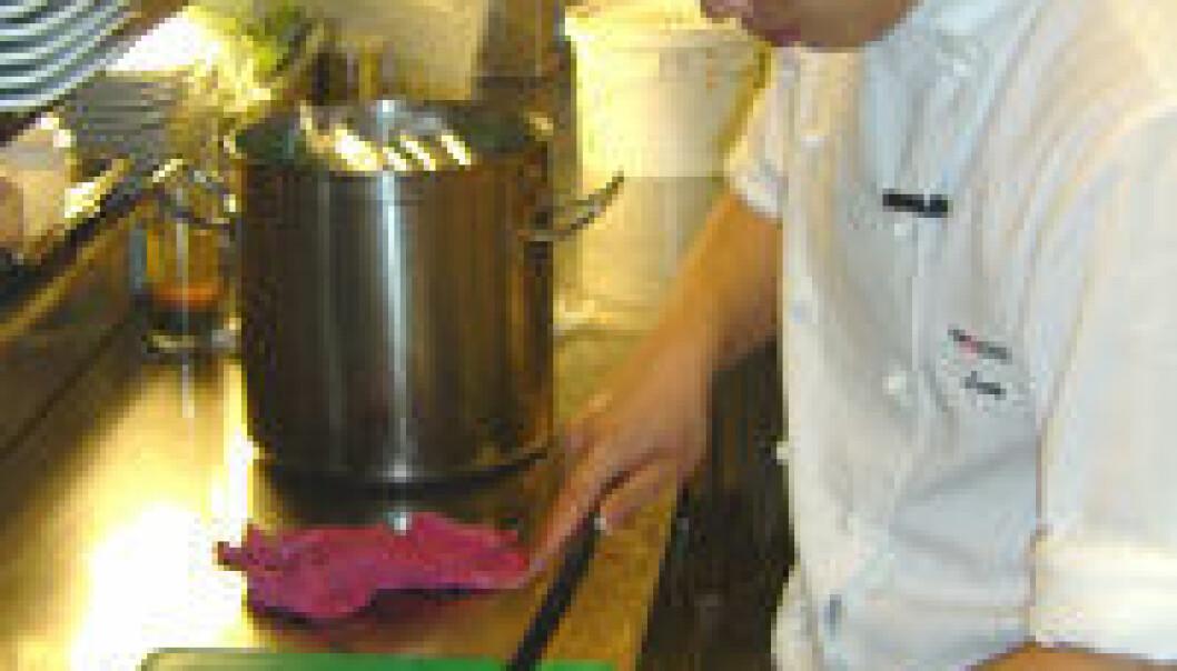 """""""Soft-shell-krabben tilberedes på en japansk restaurant i Oslo."""""""