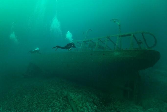 Hvorfor har så mange skip og folk forsvunnet på havet? Menneskets behov for en forklaring kan være en viktig årsak til sjømonstrene.