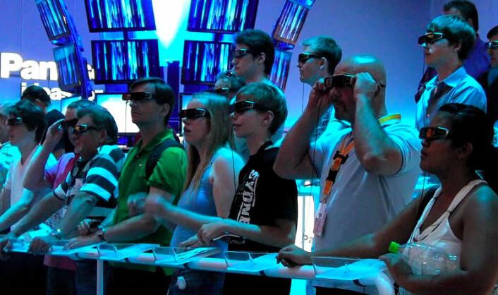 Publikum med 3D-briller på IFA-messen i Berlin, 2011 (Foto: Arnfinn Christensen)