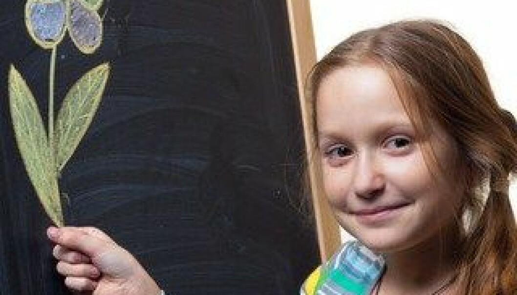 Kunst og kreativitet er et fantastisk drivstoff i undervisningen. Forsøk i danske skoler har undersøkt hvordan kreativiteten kan brukes i praksis. Colourbox