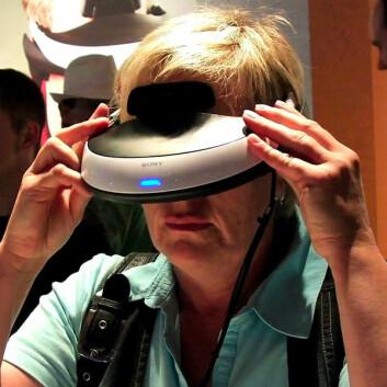 Rett i øyet: 3D-brille fra Sony på IFA-messen (Foto: Arnfinn Christensen)