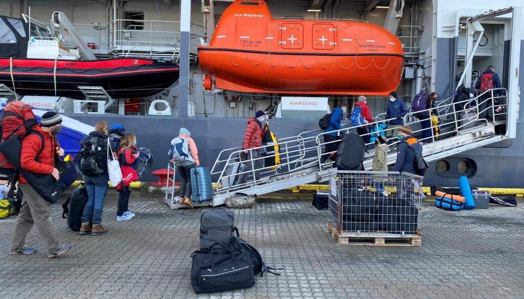36 forskere går om bord på FF «Kronprins Haakon»