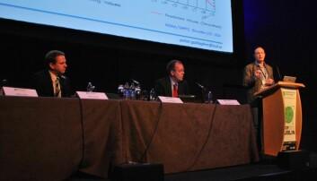 F.v. William Murtagh, Juha-Pekka Luntama og Peter Gallagher var tre av forskerne samlet i Dublin for å diskutere sannsynligheten for og konsekvensene av en solstormkatastrofe. (Foto: Hanne Jakobsen)