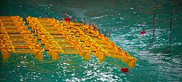 Forskere tester modeller av flytende solkraftverk