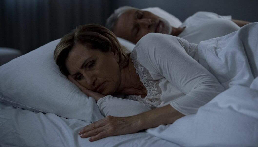 Dårlig søvnkvalitet, men ikke lite søvn, hang sammen med seksuelle problemer blant kvinner i overgangsaldere, ifølge studien.