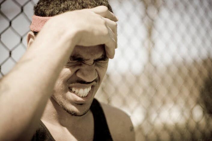 Hodeskader kan gi mer enn 400 prosent større risiko for å utvikle noen psykiske sykdommer. Det er et langt større tall enn forskerne hadde regnet med. (Foto: Colourbox)
