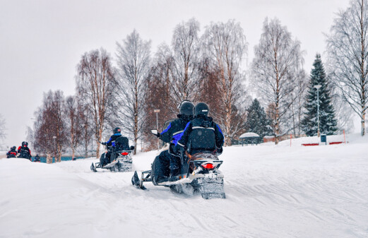 High impact of snowmobile pollution in Svalbard