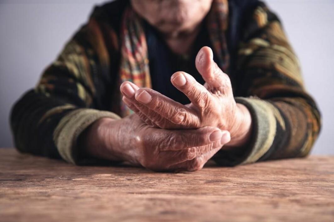 Korleis kan det oppstå slitasjegikt i hender som ikkje er utsett for særleg slitasje?