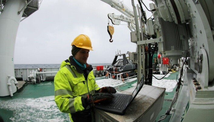 Jens Einar Bremnes programmerte USV før oppdraget og satte opp datainnsamlingsprogramvaren for lysmålinger