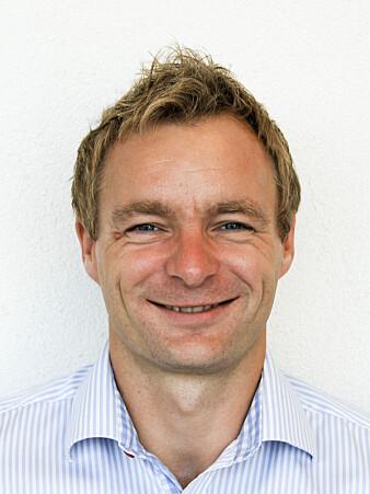 Hjerneforsker Anders Martin Fjell ble ikke overrasket over at utdanning ikke er så viktig for aldringsprosesser i hjernen.