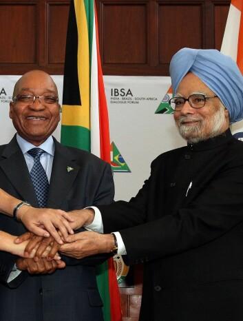 Statsministrene Manmohan Singh fra India og Jacob Zuma fra Sør-Afrika. (Foto: Wikimedia Commons)