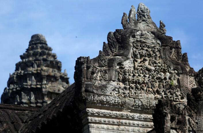En detalj fra en av de mange steinbygningene i Angkor Wat.
