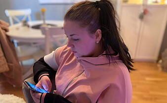 Heidi (28) orker ikke lese nyheter: – Overskriftene blir for heftige. De skremmer mest