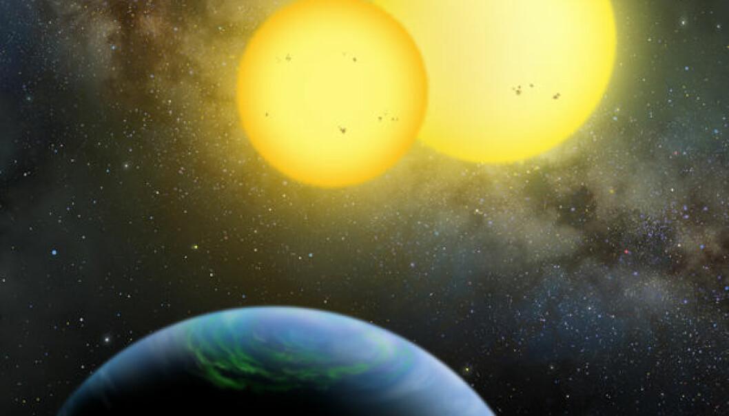 Kunstnerisk framstilling av Kepler-35 b - en planet på størrelse med Saturn i bane rundt to stjerner. (Illustrasjon: Lynette Cook)