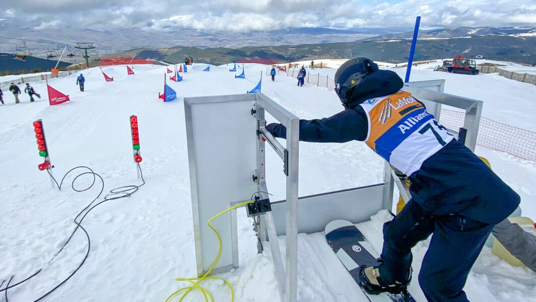 Landslagskjører Kristian Moen på trening i La Molina i Spania – og i snøhallen i Landgraaf, Nederland.