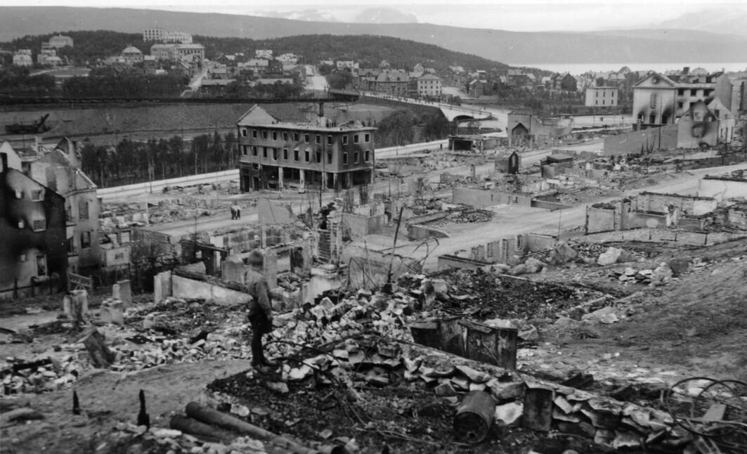Et utbombet Narvik sentrum våren 1940.