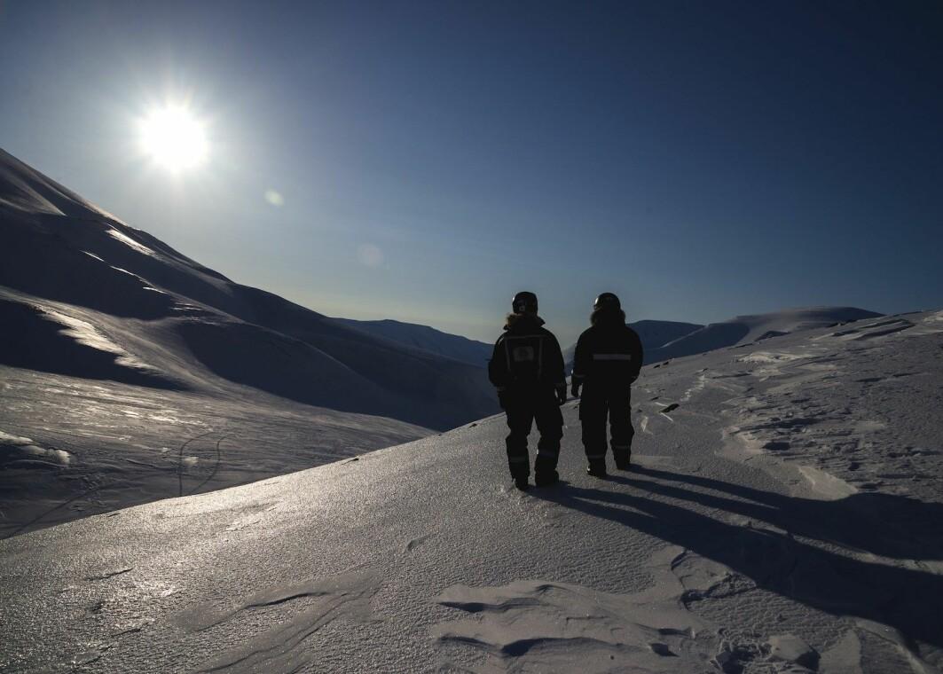 På Svalbard kan landskapet endre seg mye på korte avstander. Dette fører også til store variasjoner i været.