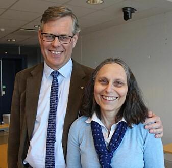 Professorene Tore Nesset og Laura Janda ved UiT har møttes i kjærligheten til språk: De er både kolleger og ektepar.
