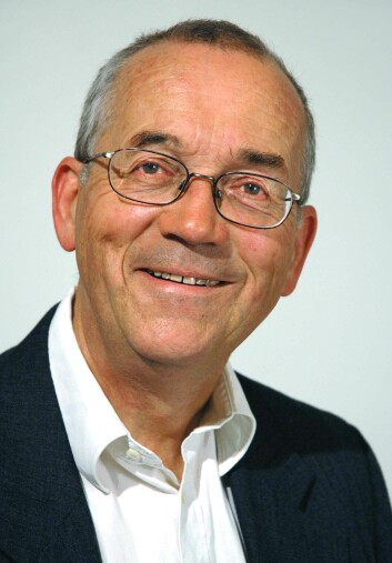 Arne Torp er professor i nordisk språkvitenskap. Foto: UiO