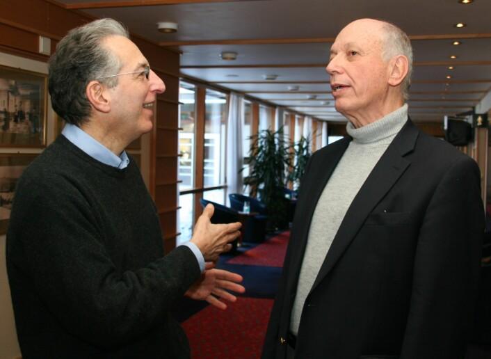 Jay Belsky (til venstre)og Arnold Sameroff deltok på konferansen Children at risk i Oslo. (Foto: Elin Fugelsnes)