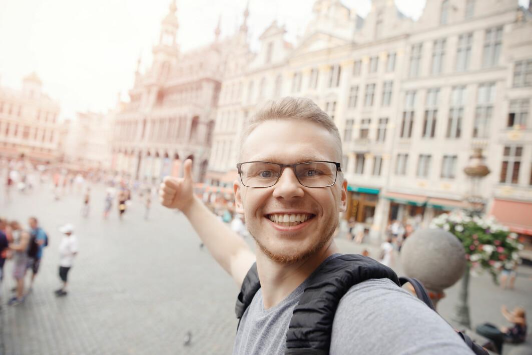 Noen har veldig lyst til å studere i utlandet. Andre norske studenter drar utenlands fordi de vil ha en utdanning det er veldig vanskelig å komme inn på i Norge.