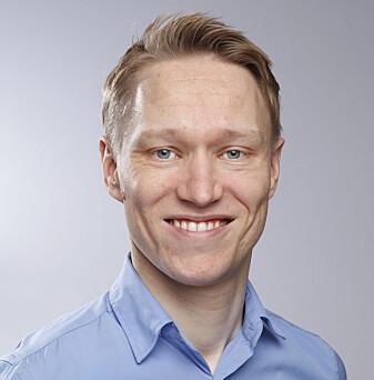 Gunnar Fløan Rimul overvåker bivirkninger av koronavaksinene ved Legemiddelverket
