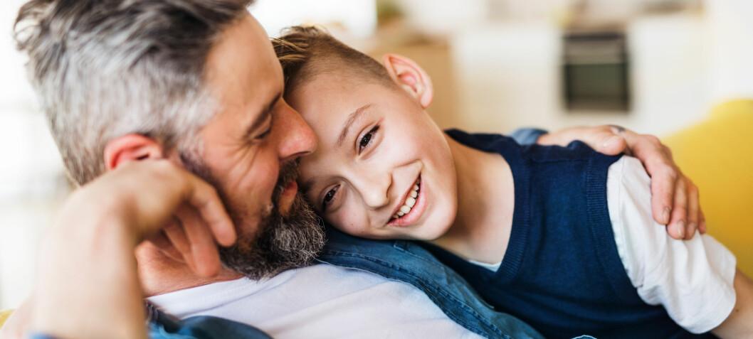 Kan foreldrestilen hjelpe frustrerte foreldre og sinte barn?