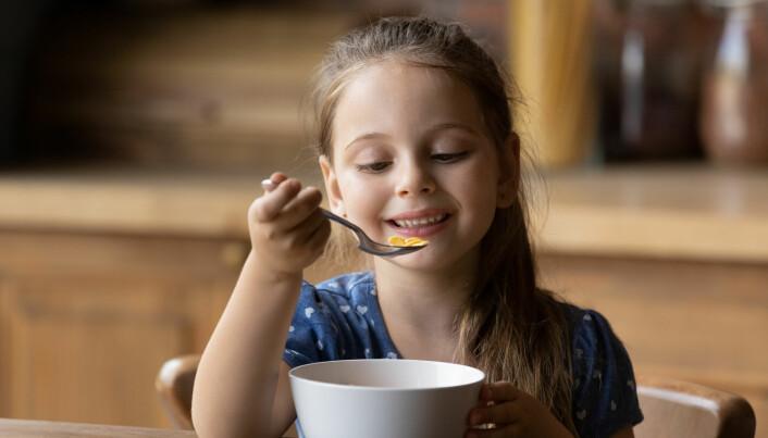 Barn av foreldre i høyere sosialklasser arver mest. De samme barna får også overført mest kompetanse på å samle seg enda mer formue. De lærer å bli rike.