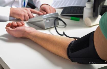 Derfor bør menn og deres fastleger være oppmerksomme på jevnt fall i blodtrykk