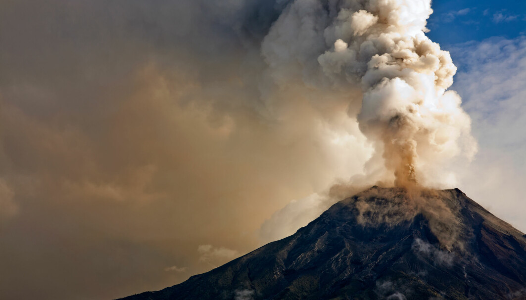 Kraftige vulkanutslipp sprer partikler i atmosfæren som kan kjøle ned jorda. Kan man gjøre noe lignende i fremtiden for begrense global oppvarming?