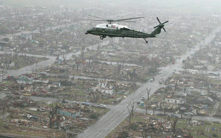 """""""Kansas etter en kraftig tornado i 2007. (Foto: Det hvite hus/ Wikimedia Commons)"""""""