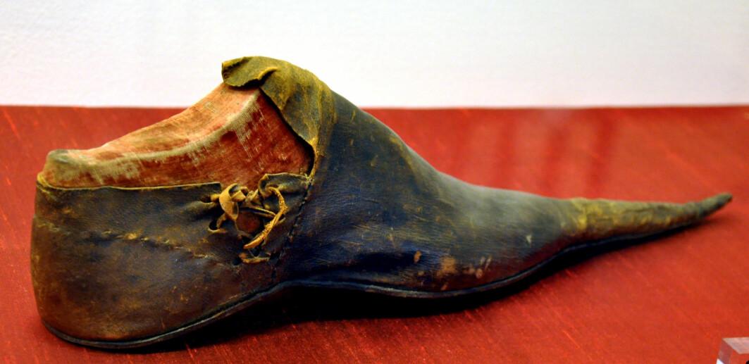 Spanske snabelsko fra 1400-tallet..