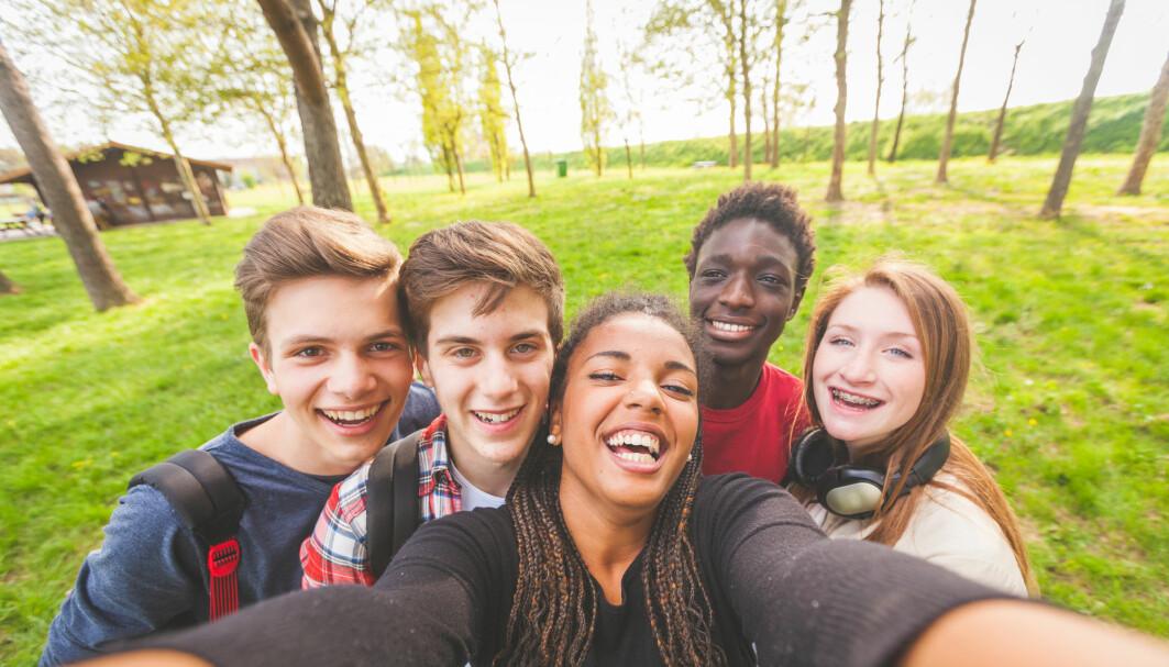 Spesielt på sosiale medier er det lett å få inntrykk av at alle er andre er veldig populære.