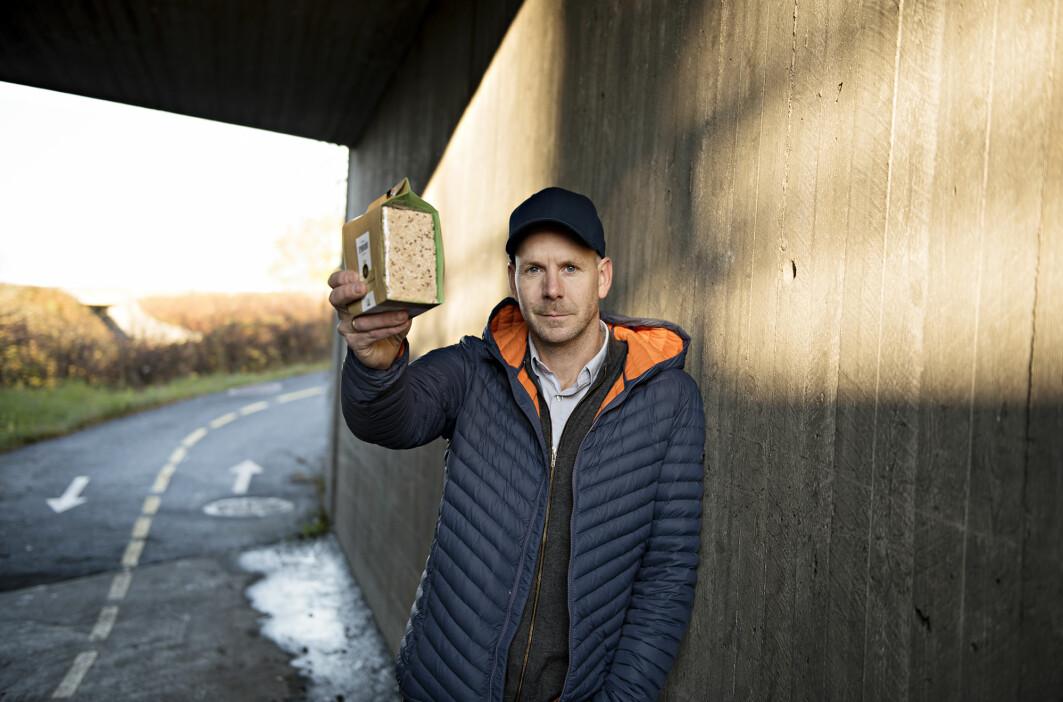 Et knekkebrød som ikke smuler er en av innovasjonene stipendiat Svein Grimsby har studert.