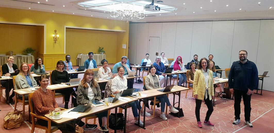 Vi holder fysiske kurs igjen! I midten av juni 2021 holdt vi et todagers skriveverksted for Forskerskolen ved Institutt for global helse og samfunnsmedisin på Universitetet i Bergen.